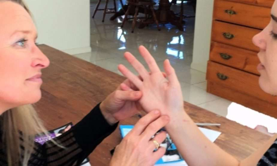 palm reading online, best palm reader in the world, allergy line
